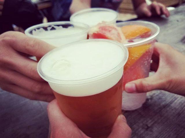 乾杯たくさん飲んだ週末ビール祭り楽しかった一緒に飲んでくれた皆様、本当にありがとうございました若干二日酔いですが、今週も頑張ります#AsobiBarSnow #Snow #群馬 #前橋 #バー #お酒 #女子会 #カラオケ #ゲーム #ビール祭り