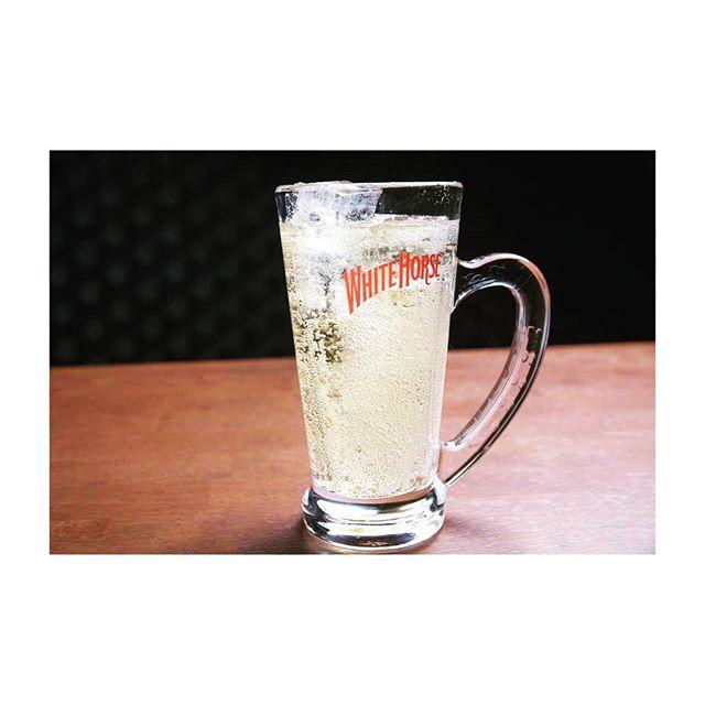 当店のオススメ!! ホワイトホースハイボール暑い日はハイボールがうまいもちろん、飲み放題メニューにも入ってますぜひ飲みに来てね#AsobiBarSnow #Snow #群馬 #前橋 #バー #お酒 #女子会 #カラオケ #ゲーム #ホワイトホース